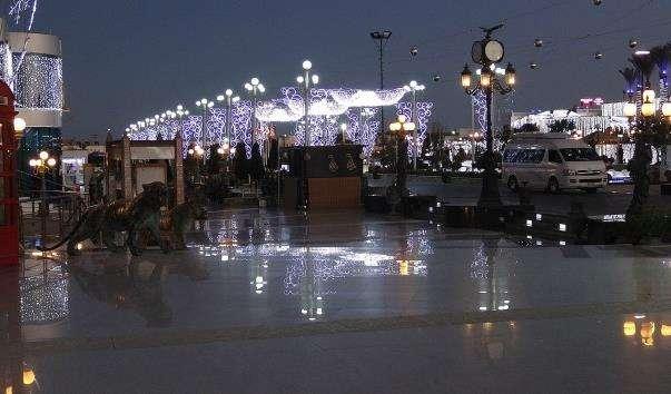 Торговельно-розважальний центр «SOHO Square»