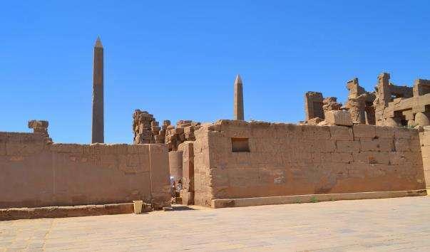 Обеліск Тутмоса I