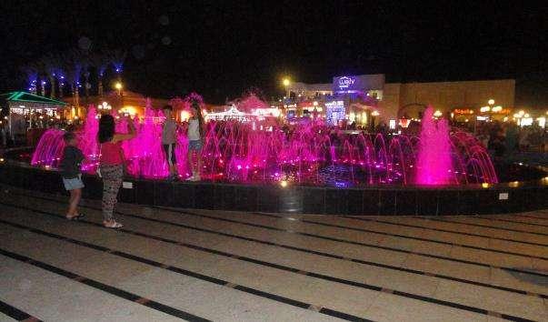Співаючі фонтани в Сохо