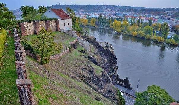 Фортеця Вишеград