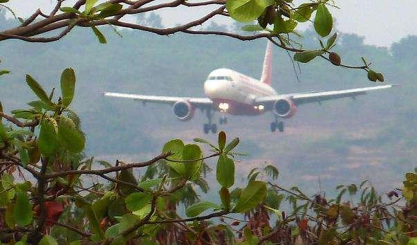 Аеропорт Даболим