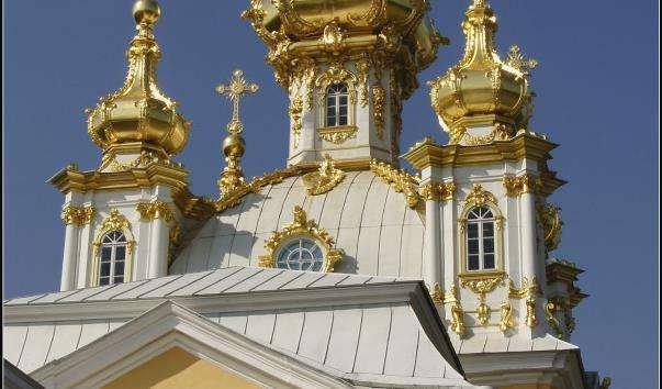 Церковний корпус Великого Петергофського палацу