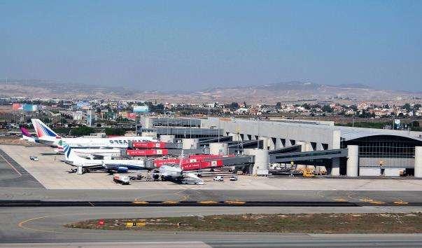 Аеропорт Ларнака