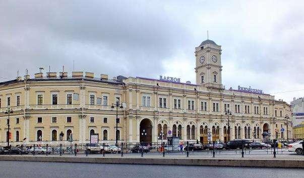 Московський вокзал Санкт-Петербурга