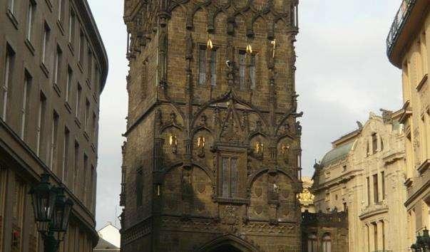 Староміська мостова вежа
