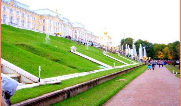 Терасні фонтани Петергофа