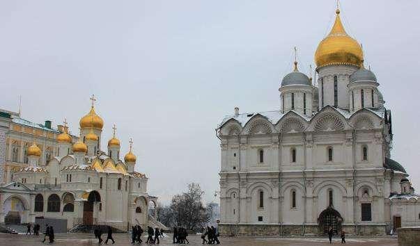 Соборна площа Московського Кремля