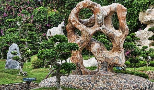 Сад каменів миллионолетних