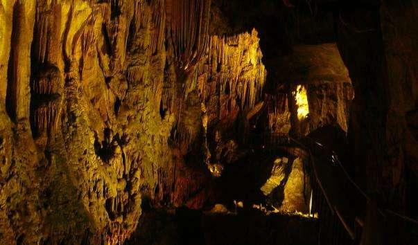 Печери Аланії