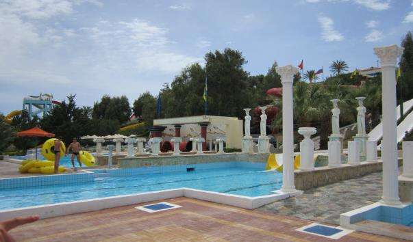 Аквапарк Water City в Іракліоні