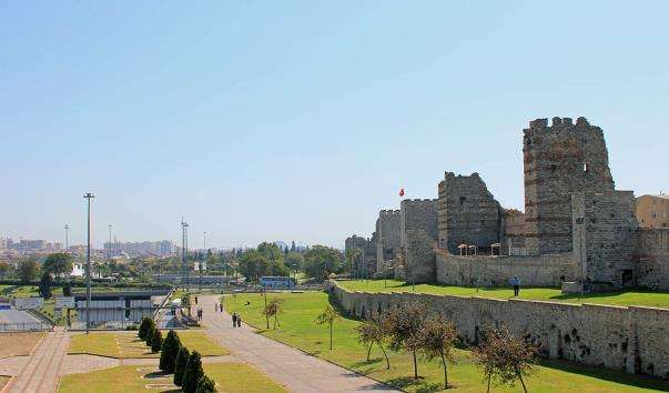 Міські мури Стамбула