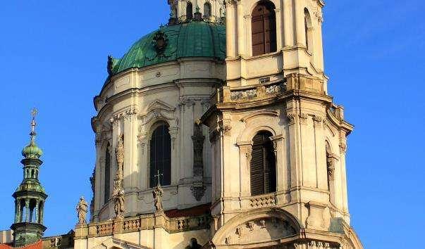 Церква Святого Миколая на Малостранськой площі