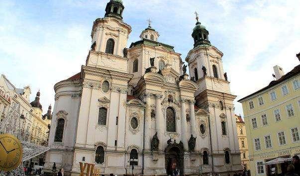 Церква Святого Мікулаша на Староместской площі