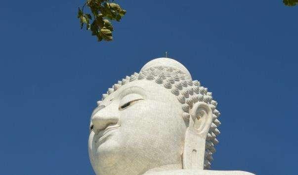 Великий Будда на Пхукеті