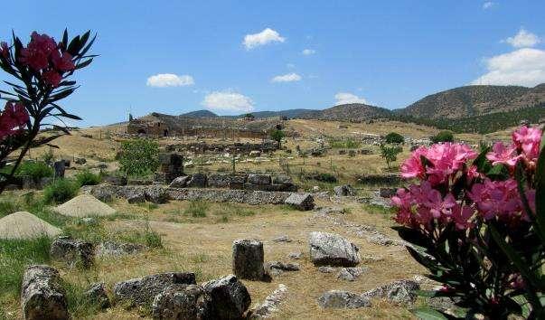 Акрополь в Памуккале