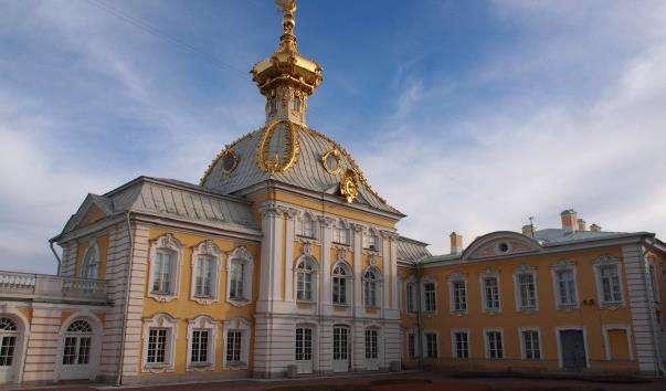 Великий Петергофський палац