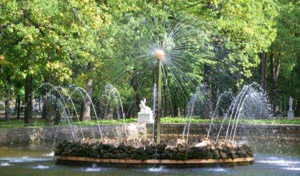 Фонтан Сонце в Петергофі