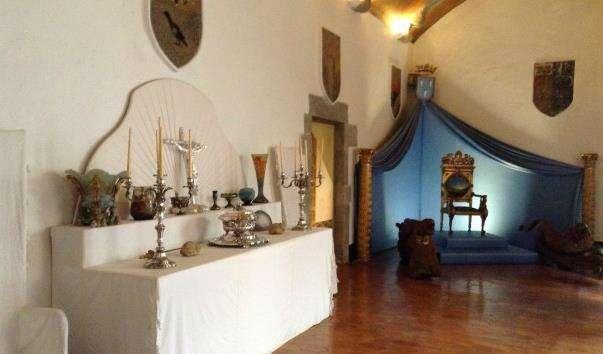 Замок Гала Дали в Пуболі