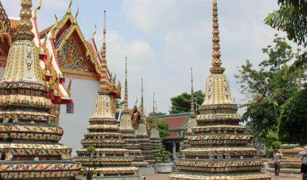 Храм Сплячого Будди Ват Пхо в Бангкоку