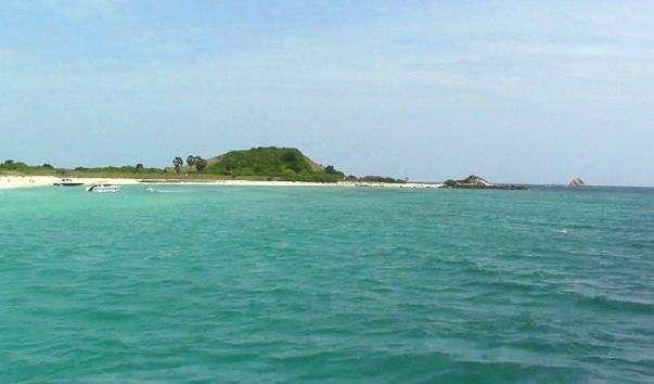 Безлюдний острів Ко Рин