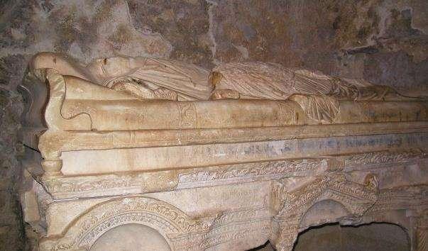 Саркофаг святителя Миколая
